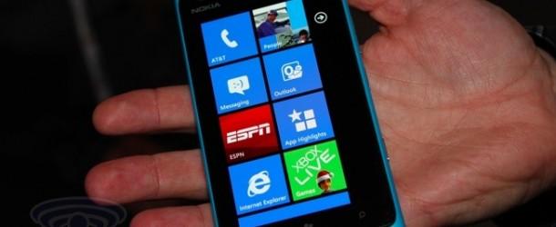 Nokia Lumia 900, già disponibile in Italia
