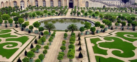 Decorazioni giardino, consigli d'estate