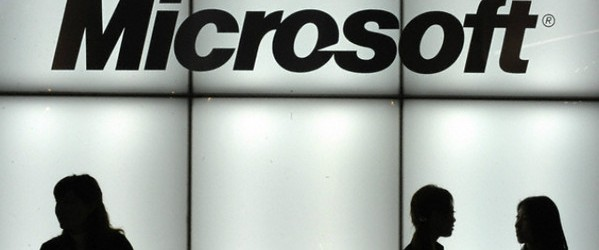 microsoft crolla in borsa: perde oltre 4 miliardi di dollari!