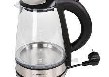 Con il bollitore elettrico tè e caffè a volontà